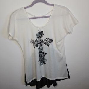 Daytrip Scoop Neck White Tshirt size M